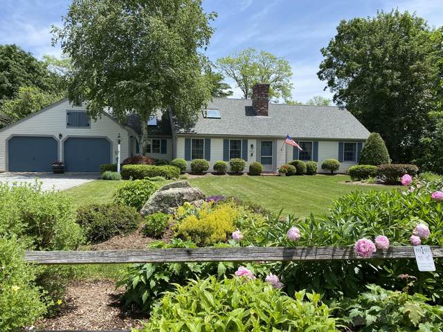 11 Freeman Lane, Orleans, MA 02653 (MLS #22103654) :: Kinlin Grover Real Estate