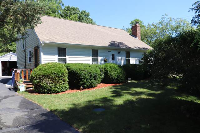2 Village Lane, Yarmouth Port, MA 02675 (MLS #22103841) :: Kinlin Grover Real Estate
