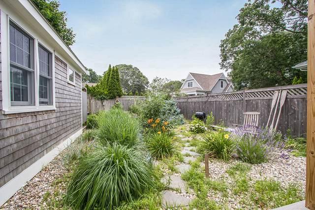 44 Blossom Avenue, Osterville, MA 02655 (MLS #22104017) :: Rand Atlantic, Inc.