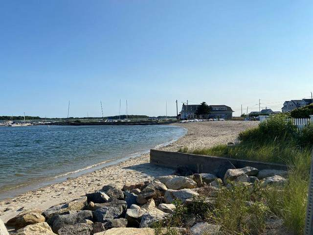 90 Broadway Street, West Yarmouth, MA 02673 (MLS #22104535) :: Leighton Realty