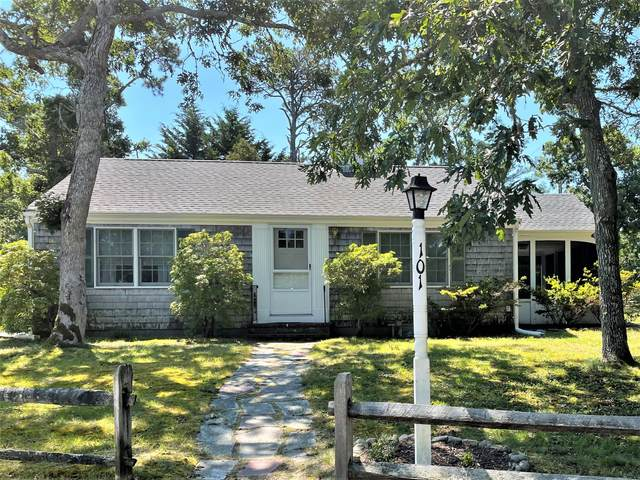 101 Clearwater Drive, Harwich, MA 02645 (MLS #22104592) :: Leighton Realty