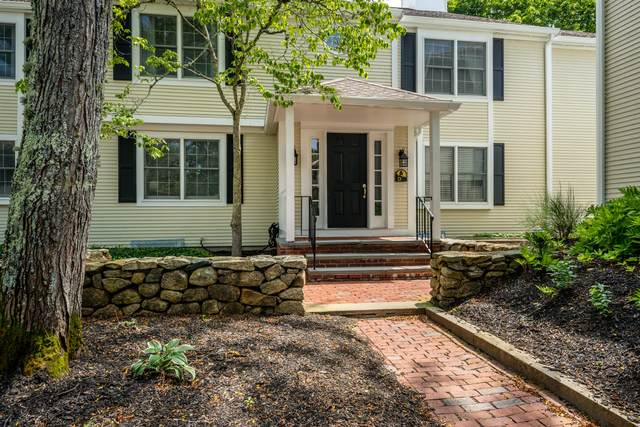 727 Main Street D2, Osterville, MA 02655 (MLS #22104875) :: Cape & Islands Realty Advisors