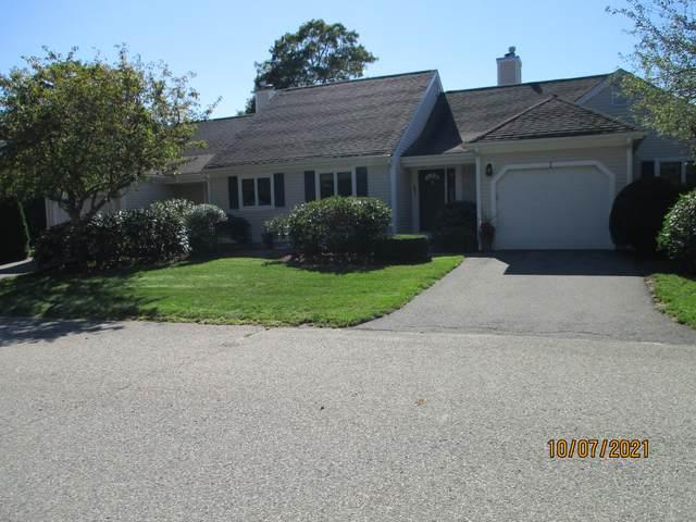 1 Rolling Green Lane, Mashpee, MA 02649 (MLS #22106211) :: Rand Atlantic, Inc.