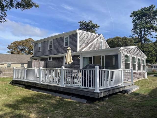 149 Sixth Avenue, Barnstable, MA 02601 (MLS #22106248) :: Cape Cod and Islands Beach Properties