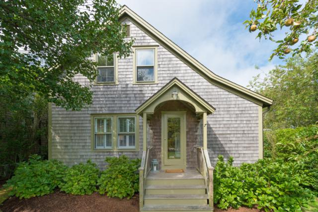 7 Williams Street, Nantucket, MA 02554 (MLS #21807634) :: Bayside Realty Consultants
