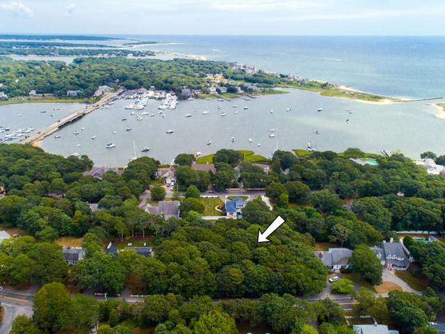313 Menauhant Road, East Falmouth, MA 02536 (MLS #22005176) :: Cape Cod and Islands Beach Properties