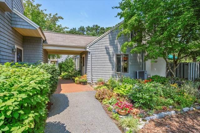 17 Landing Lane, Brewster, MA 02631 (MLS #22104282) :: Kinlin Grover Real Estate