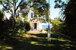 26 Indian Trail, Sagamore Beach, MA 02562 (MLS #21717227) :: ALANTE Real Estate