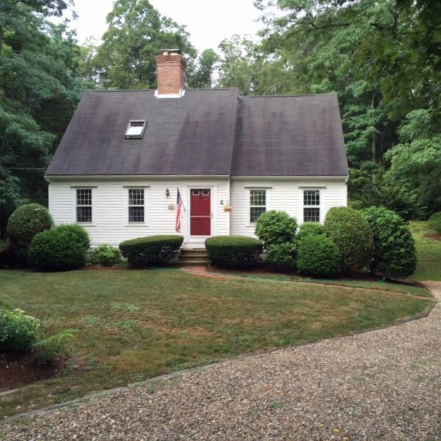 4 Pine Street, Sandwich, MA 02563 (MLS #21801593) :: ALANTE Real Estate