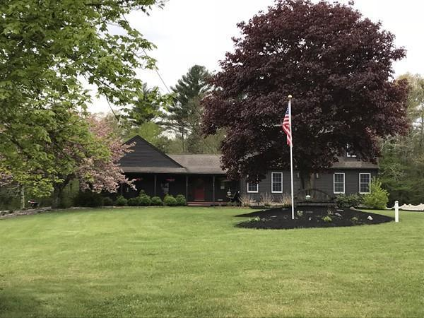 1021 Walnut Plain Road, Rochester, MA 02770 (MLS #21804442) :: ALANTE Real Estate