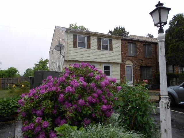401 Village Drive, Buzzards Bay, MA 02532 (MLS #21806985) :: ALANTE Real Estate