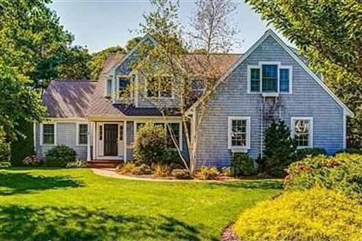 23 Marie-Ann Terrace, Centerville, MA 02632 (MLS #21807217) :: ALANTE Real Estate