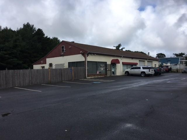 694 Macarthur Boulevard, Pocasset, MA 02559 (MLS #21807388) :: Rand Atlantic, Inc.