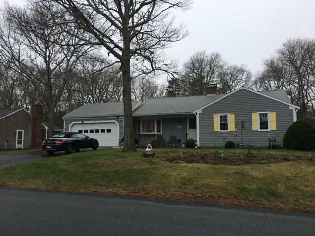 141 Monomoy Circle, Centerville, MA 02632 (MLS #21902804) :: Bayside Realty Consultants