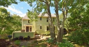 8 Somerset Road, Provincetown, MA 02657 (MLS #21904650) :: Rand Atlantic, Inc.