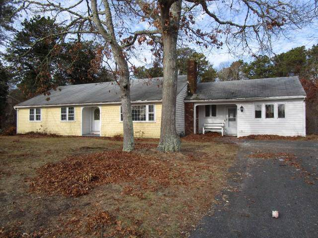 24 Capt Besse Road, South Yarmouth, MA 02664 (MLS #22000372) :: Leighton Realty