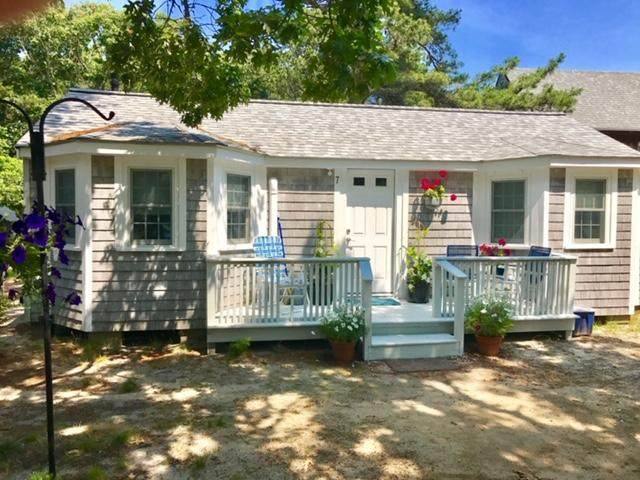 633 State Highway Route 6, Wellfleet, MA 02667 (MLS #22002904) :: Kinlin Grover Real Estate