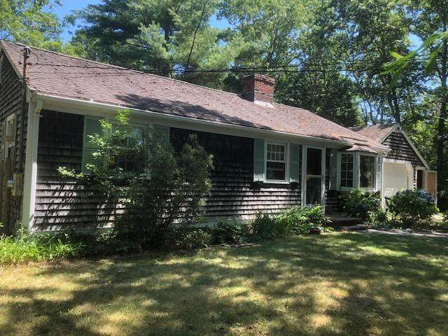 4 Regis Road, East Falmouth, MA 02536 (MLS #22004955) :: EXIT Cape Realty