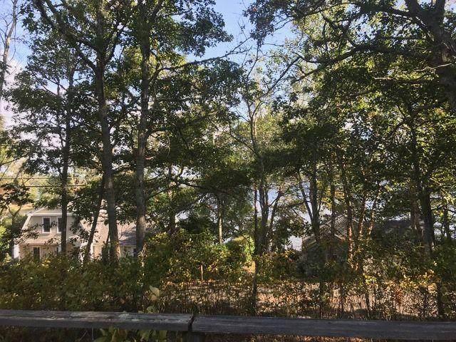 39 Lakewood Drive - Photo 1