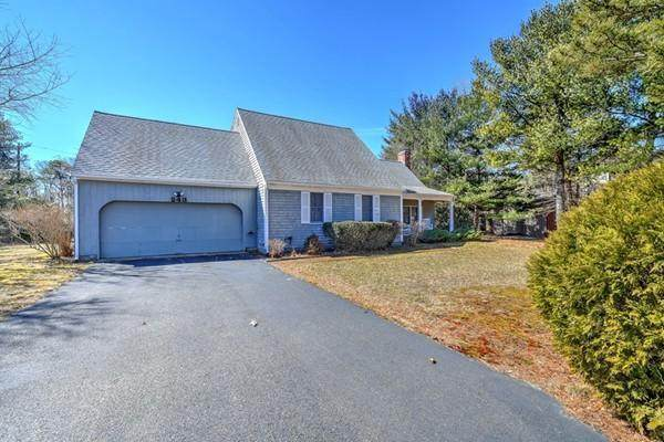 243 Huckins Neck Road, Centerville, MA 02632 (MLS #22100926) :: EXIT Cape Realty