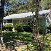 48 Browning Avenue, South Yarmouth, MA 02664 (MLS #22102548) :: Leighton Realty