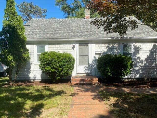 19 Brookshire Road, Hyannis, MA 02601 (MLS #22103419) :: Leighton Realty