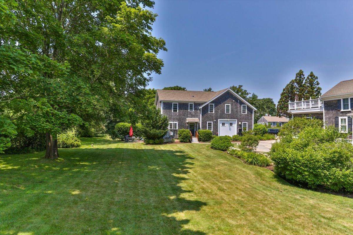 606 Falmouth Highway - Photo 1