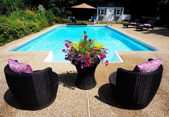 5 Great Hills Drive, East Sandwich, MA 02537 (MLS #21903392) :: Kinlin Grover Real Estate