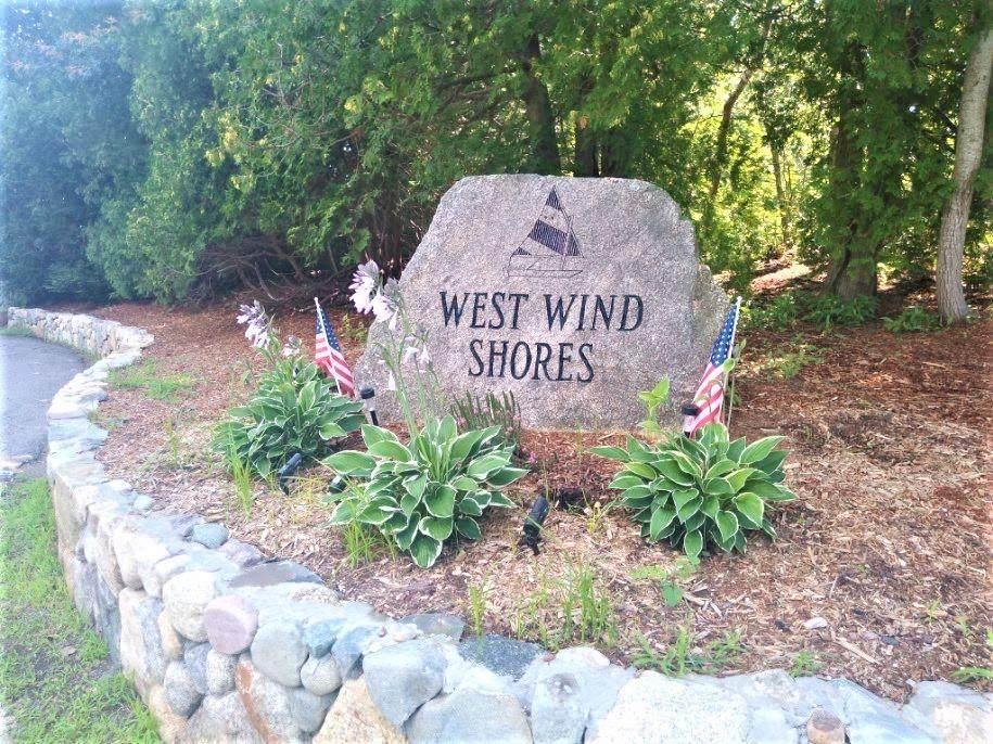 9 Great Wind Drive - Photo 1