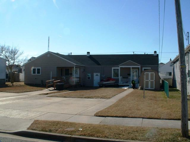 126 E 3rd, North Wildwood, NJ 08260 (MLS #179929) :: The Ferzoco Group