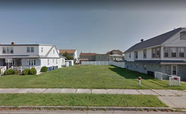 121 E 23rd, North Wildwood, NJ 08260 (MLS #182510) :: The Ferzoco Group