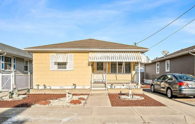 207 E Jefferson, Wildwood Crest, NJ 08260 (MLS #185275) :: The Ferzoco Group