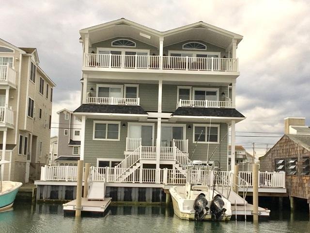 345 W 43rd Place West Unit, Sea Isle City, NJ 08243 (MLS #178911) :: The Ferzoco Group