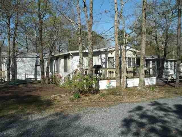 34 Dennis Lake, Dennisville, NJ 08214 (MLS #181186) :: The Ferzoco Group