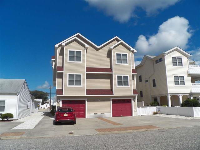 117 84th Street West, Sea Isle City, NJ 08243 (MLS #182063) :: The Ferzoco Group