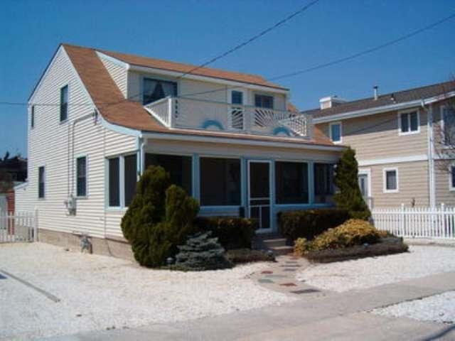 10611 Second, Stone Harbor, NJ 08247 (MLS #182581) :: The Ferzoco Group