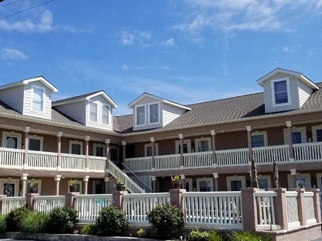 8006 Seaview #101, Wildwood Crest, NJ 08260 (MLS #184863) :: The Ferzoco Group