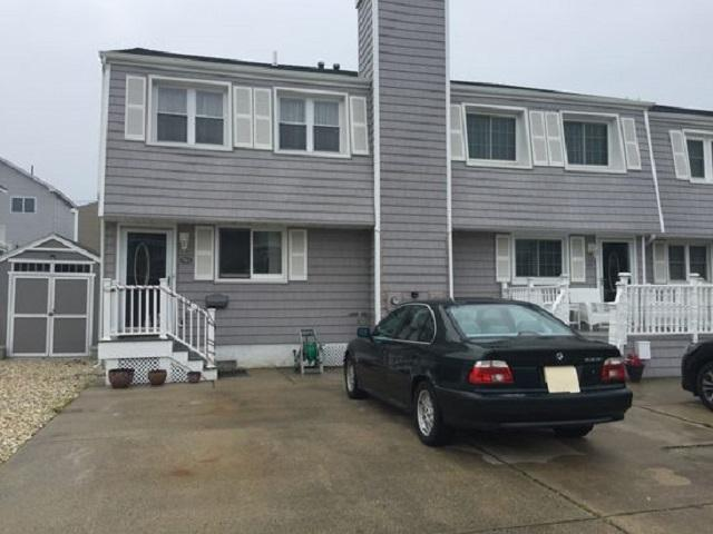 758 W Pine 1A, North Wildwood, NJ 08260 (MLS #185255) :: The Ferzoco Group