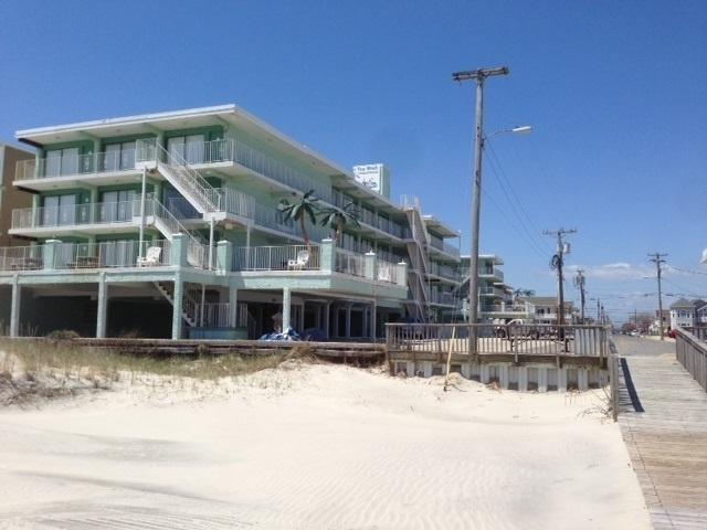 404 Denver #309, Wildwood Crest, NJ 08260 (MLS #186180) :: The Ferzoco Group