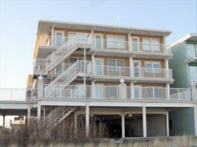 8410 Atlantic #217, Wildwood Crest, NJ 08260 (MLS #186200) :: The Ferzoco Group