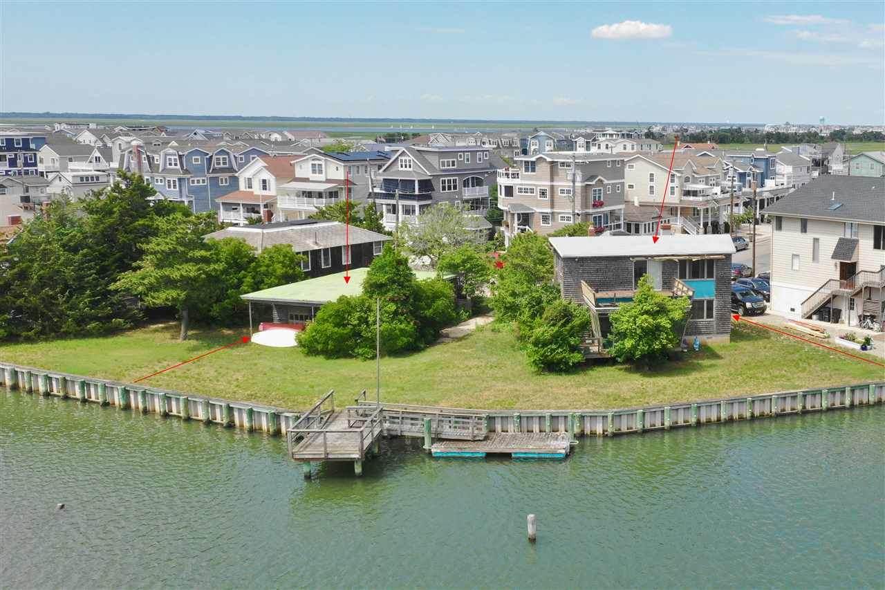 2205 Harbor - Photo 1