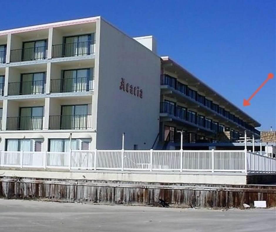 9101 Atlantic - Photo 1