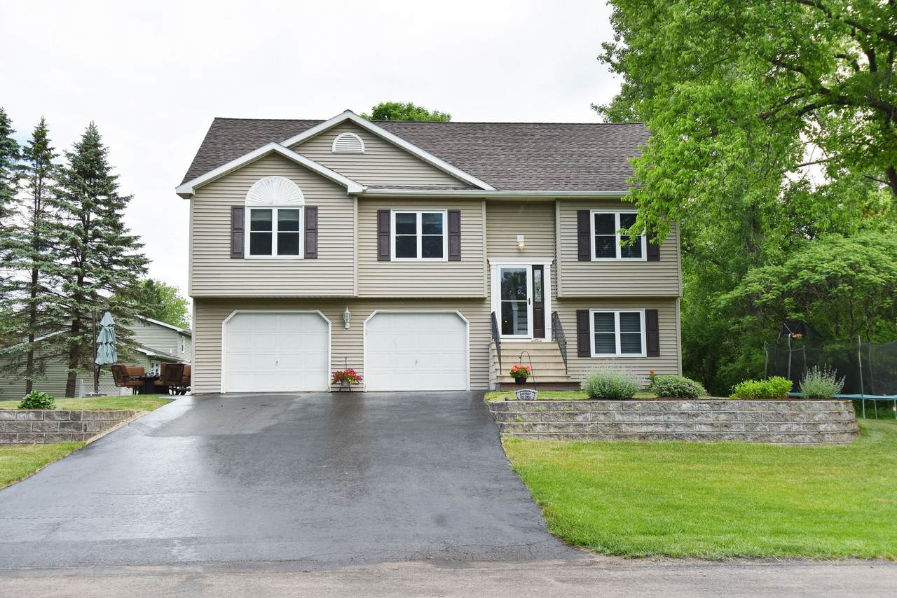 114 Sterling Rd - Photo 1