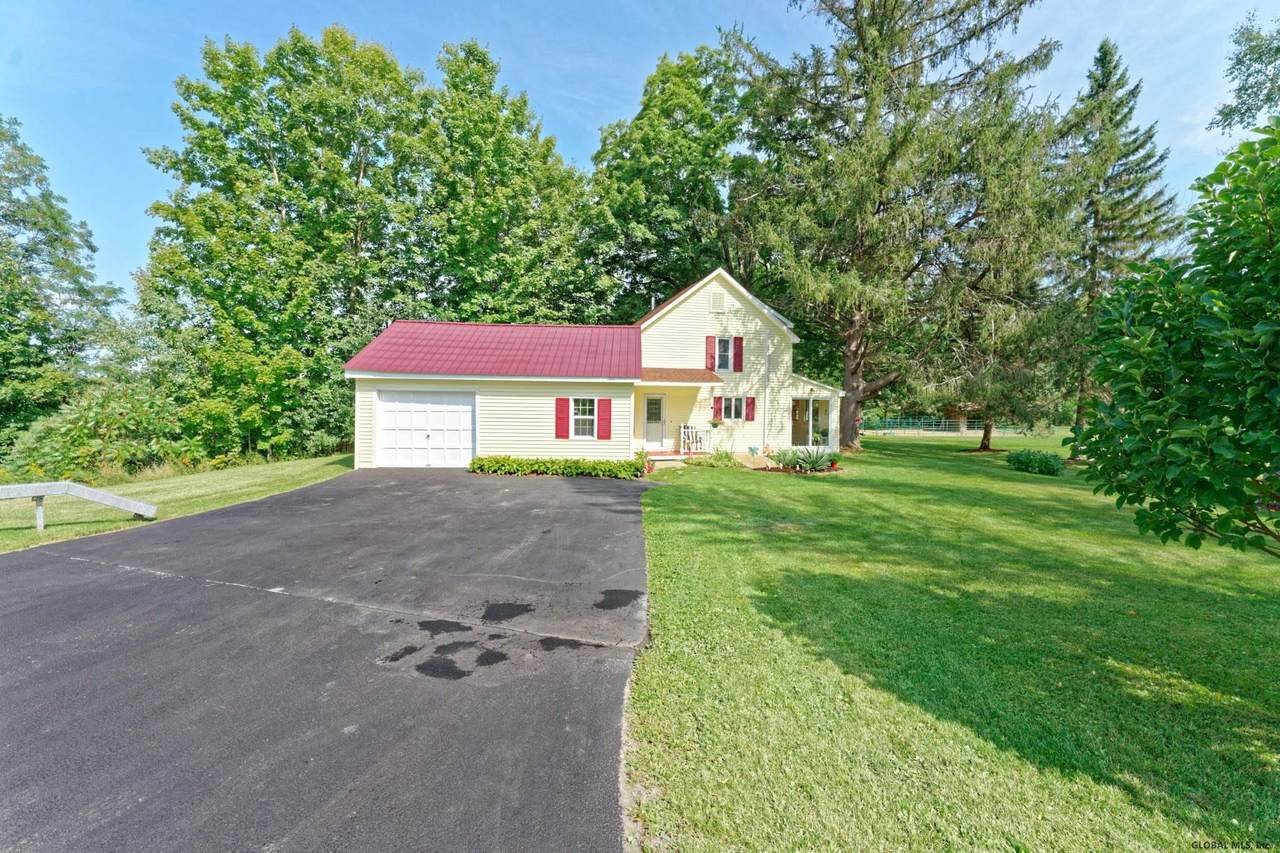 831 Gifford Hollow Rd - Photo 1