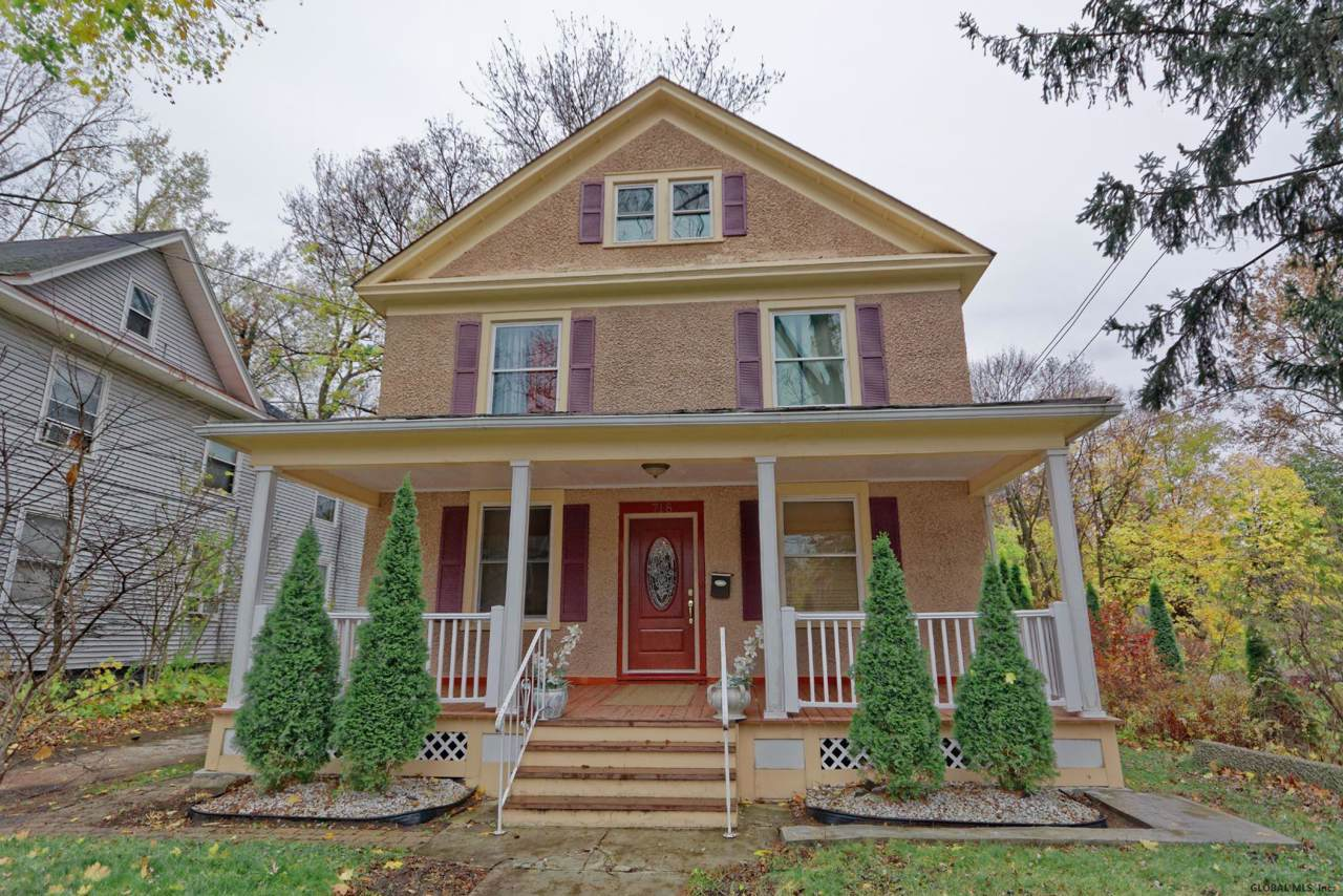 718 Bedford Rd - Photo 1