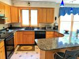 585 Middlefield Rd - Photo 5