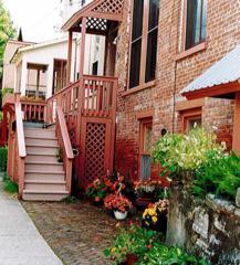 18 Lafayette St, Saratoga Springs, NY 12866 (MLS #201706991) :: Weichert Realtors®, Expert Advisors