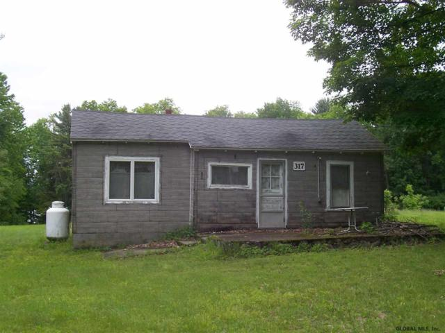 317 Lakeview Rd, Broadalbin, NY 12025 (MLS #201922445) :: Picket Fence Properties