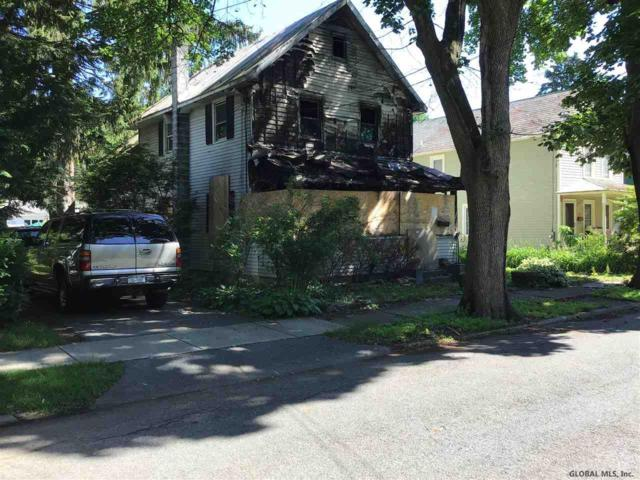 15 Hutchins St, Saratoga Springs, NY 12866 (MLS #201923556) :: Picket Fence Properties
