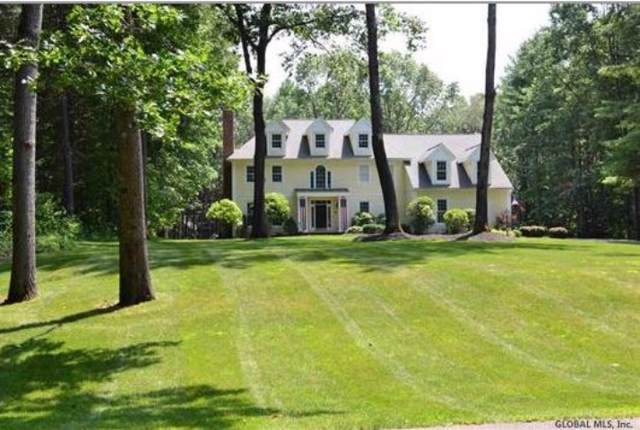 10 Saddle Brook Dr, Saratoga Springs, NY 12866 (MLS #201931353) :: Picket Fence Properties